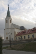 Strání - Kostel Povýšení svatého Kříže (autor: Lospepos)