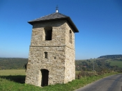 Lopeník - zvonice (autor: palickap)