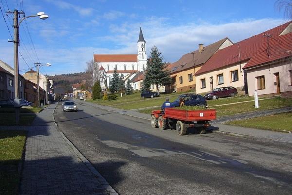 Březová - kostel sv. Cyrila a Metoděje