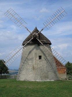větrný mlýn v Kuželově (autor: Manka)
