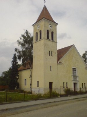 Hrubá Vrbka - evangelický kostel